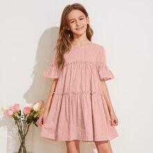 Kleid mit Rueschenbesatz und Punkten Muster