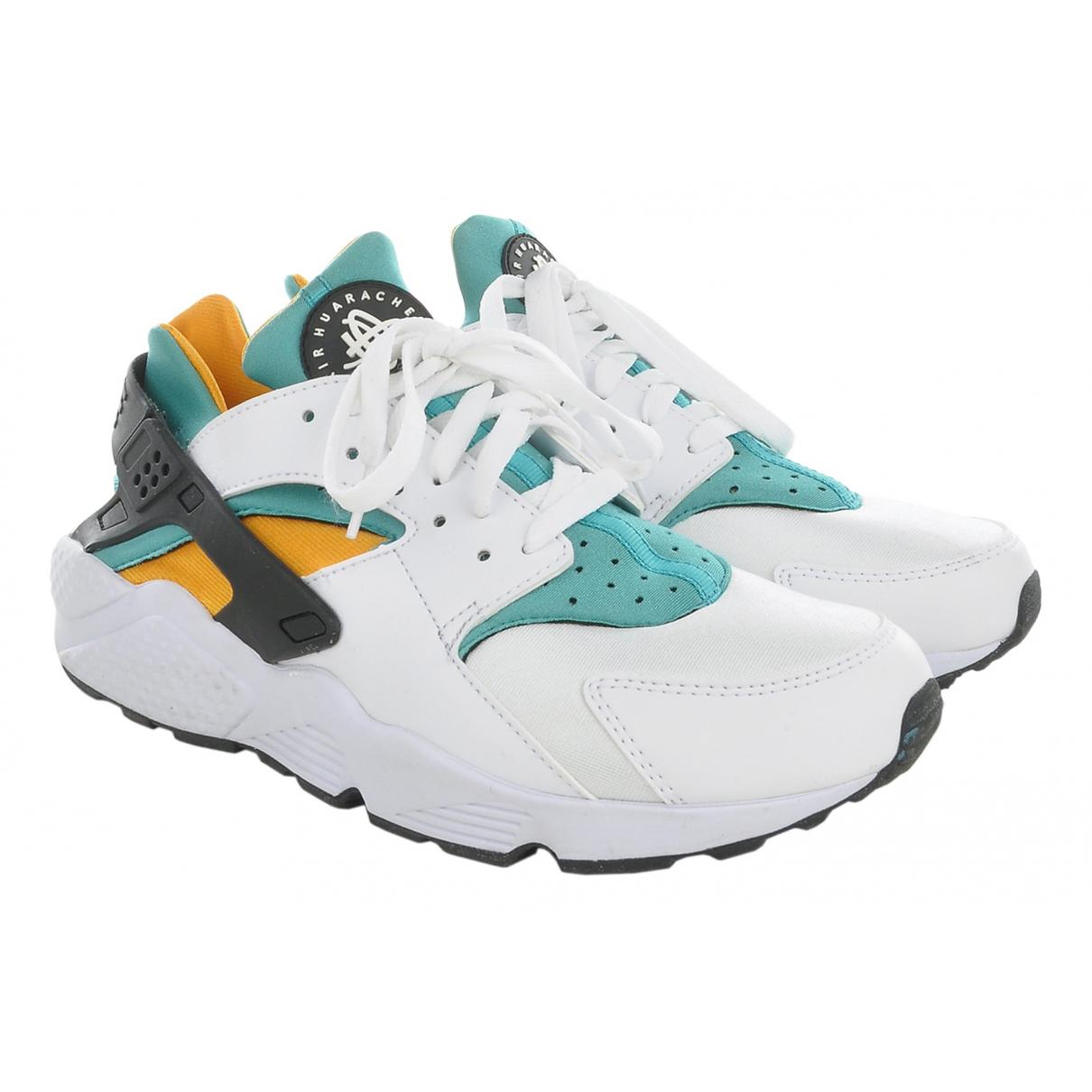 Nike \N Sneakers in  Bunt Polyester