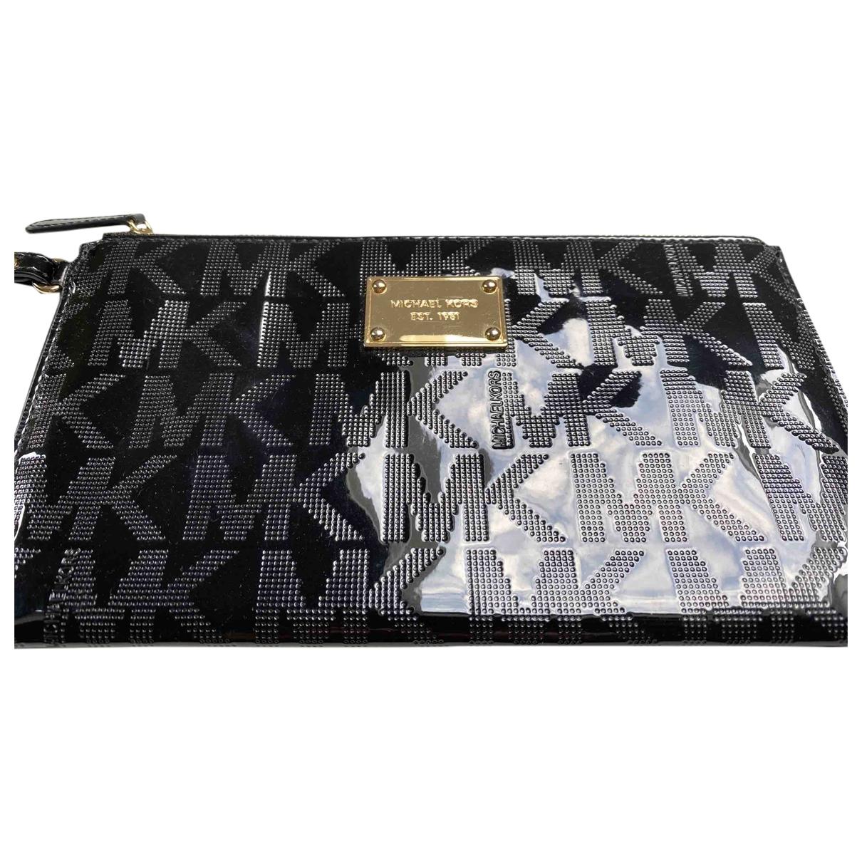 Michael Kors \N Black Patent leather Clutch bag for Women \N