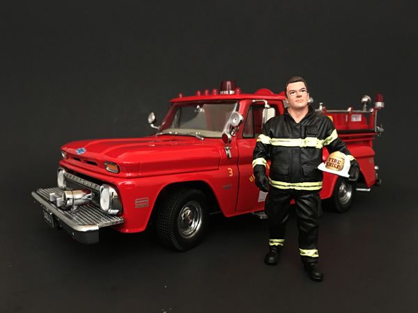 Firefighter Fire Chief Figurine / Figure For 118 Models by American Diorama