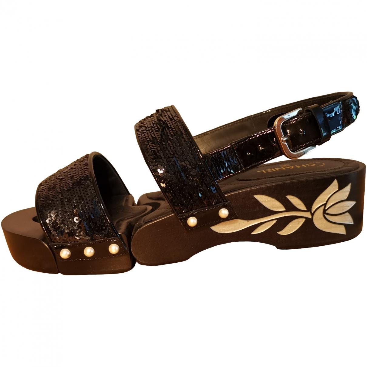 Chanel \N Black Leather Sandals for Women 37.5 EU