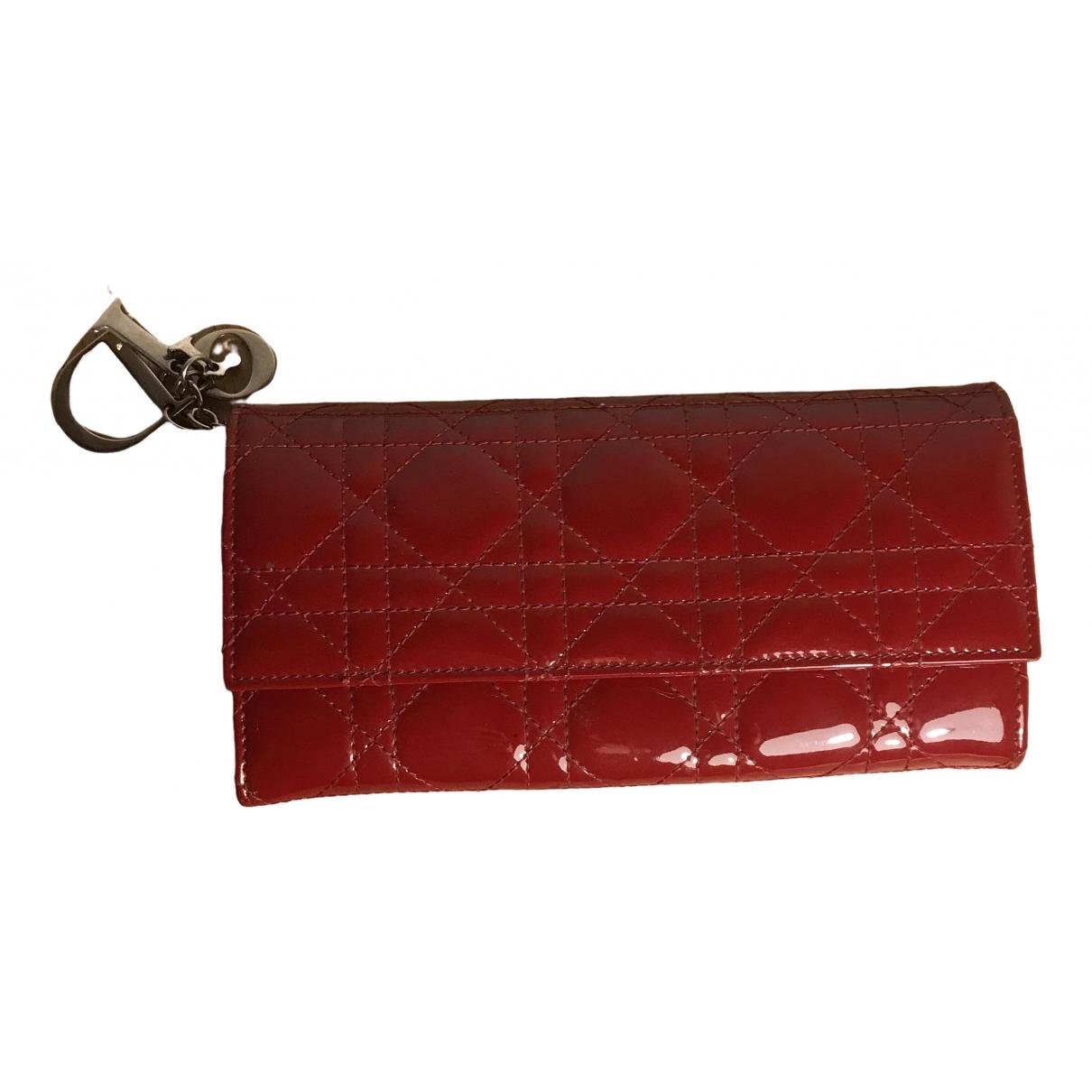 Dior - Portefeuille Lady Dior pour femme en cuir verni - rouge