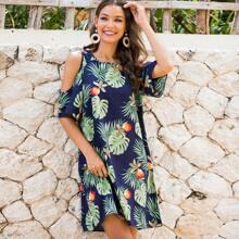 Vestido tunico con estampado tropical de hombro con abertura