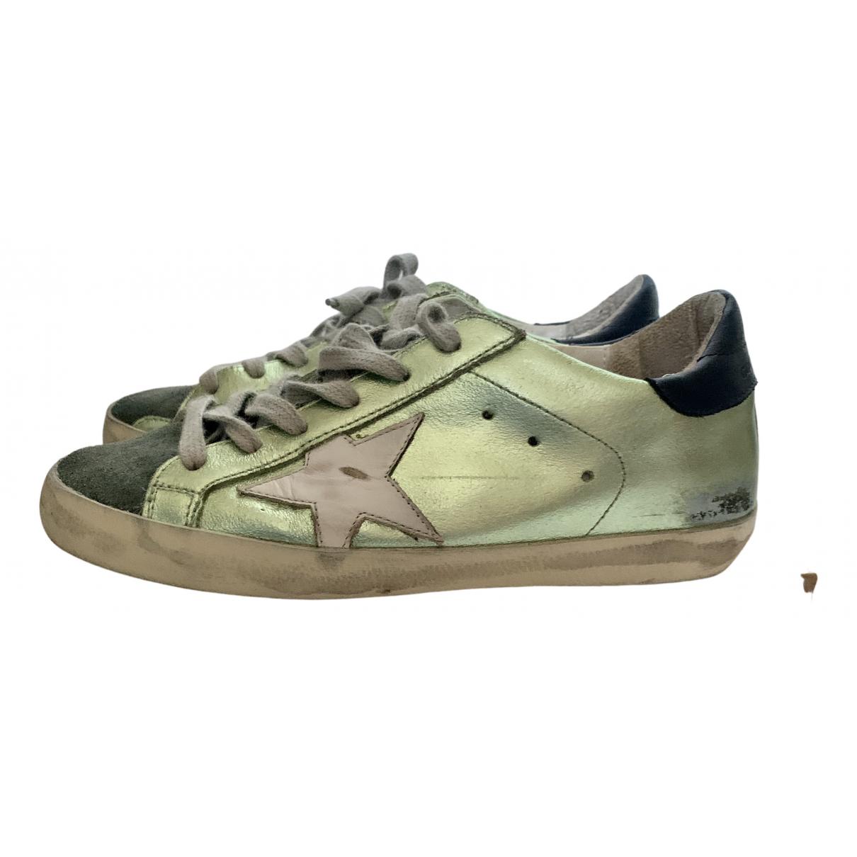 Golden Goose Superstar Sneakers in  Gruen Leder