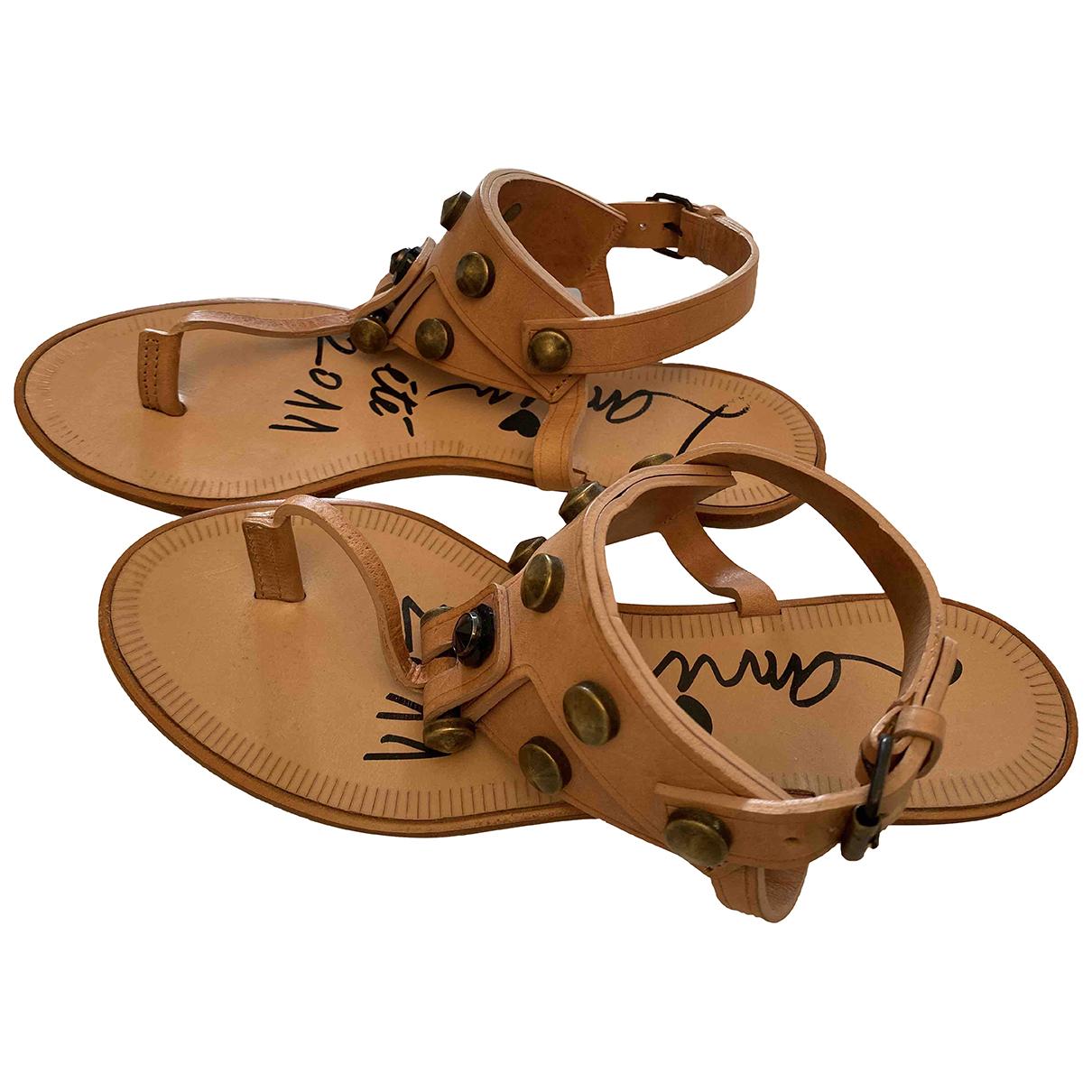 Lanvin \N Sandalen in  Beige Leder