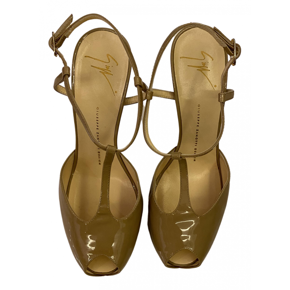 Giuseppe Zanotti N Beige Patent leather Heels for Women 40 EU