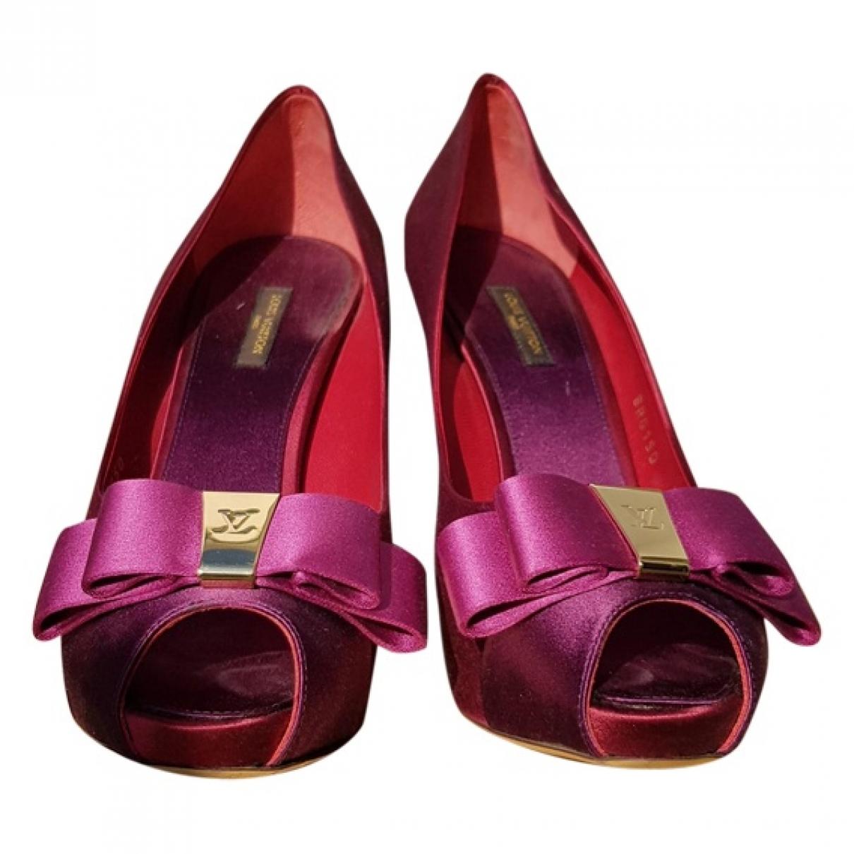 Louis Vuitton \N Burgundy Cloth Heels for Women 40 EU