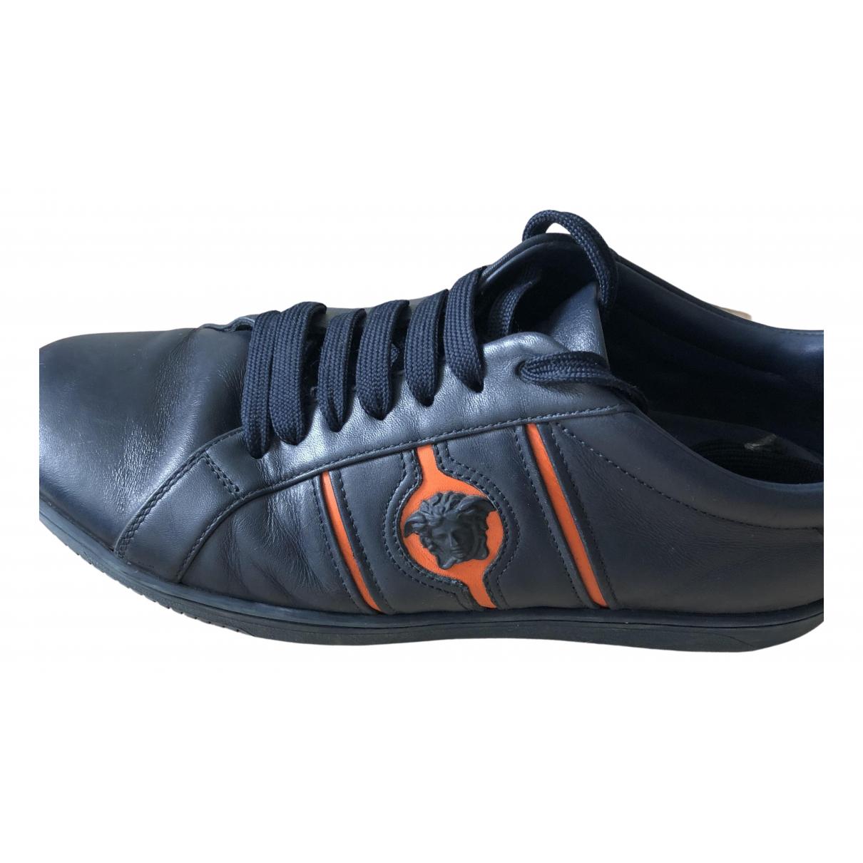 Versace \N Sneakers in  Marine Leder