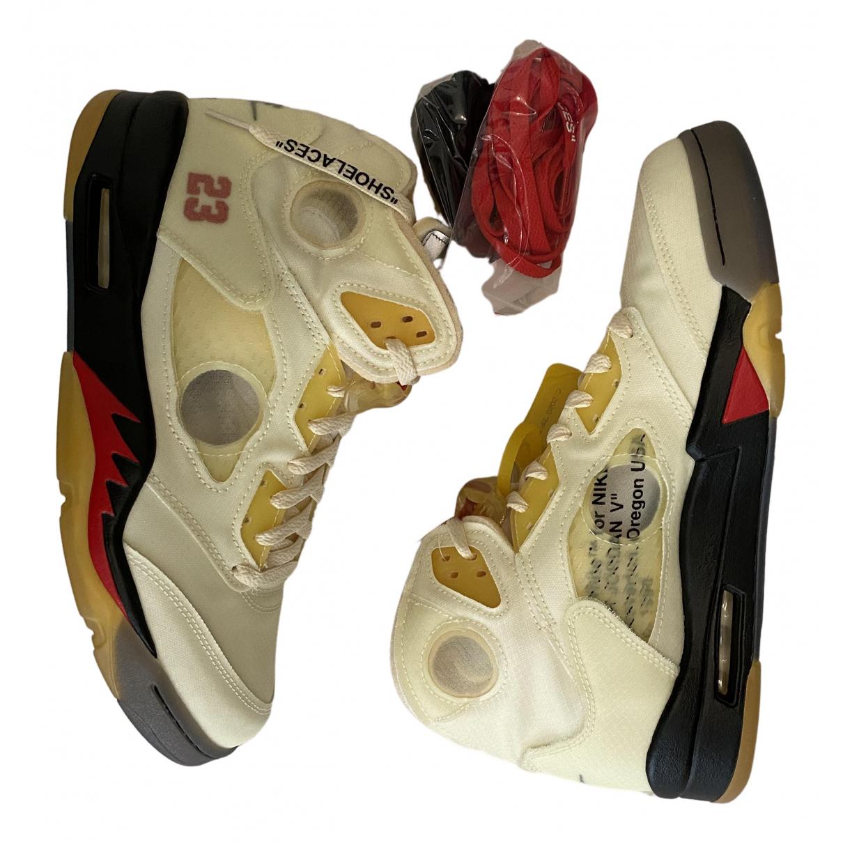Nike X Off-white Jordan 5 Sneakers in Leinen