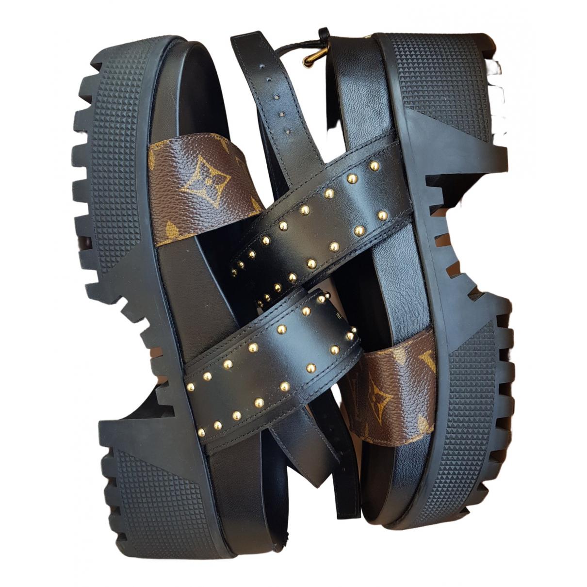 Louis Vuitton \N Black Cloth Sandals for Women 37 EU