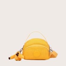 Minimalistische Tasche mit Taschendekor