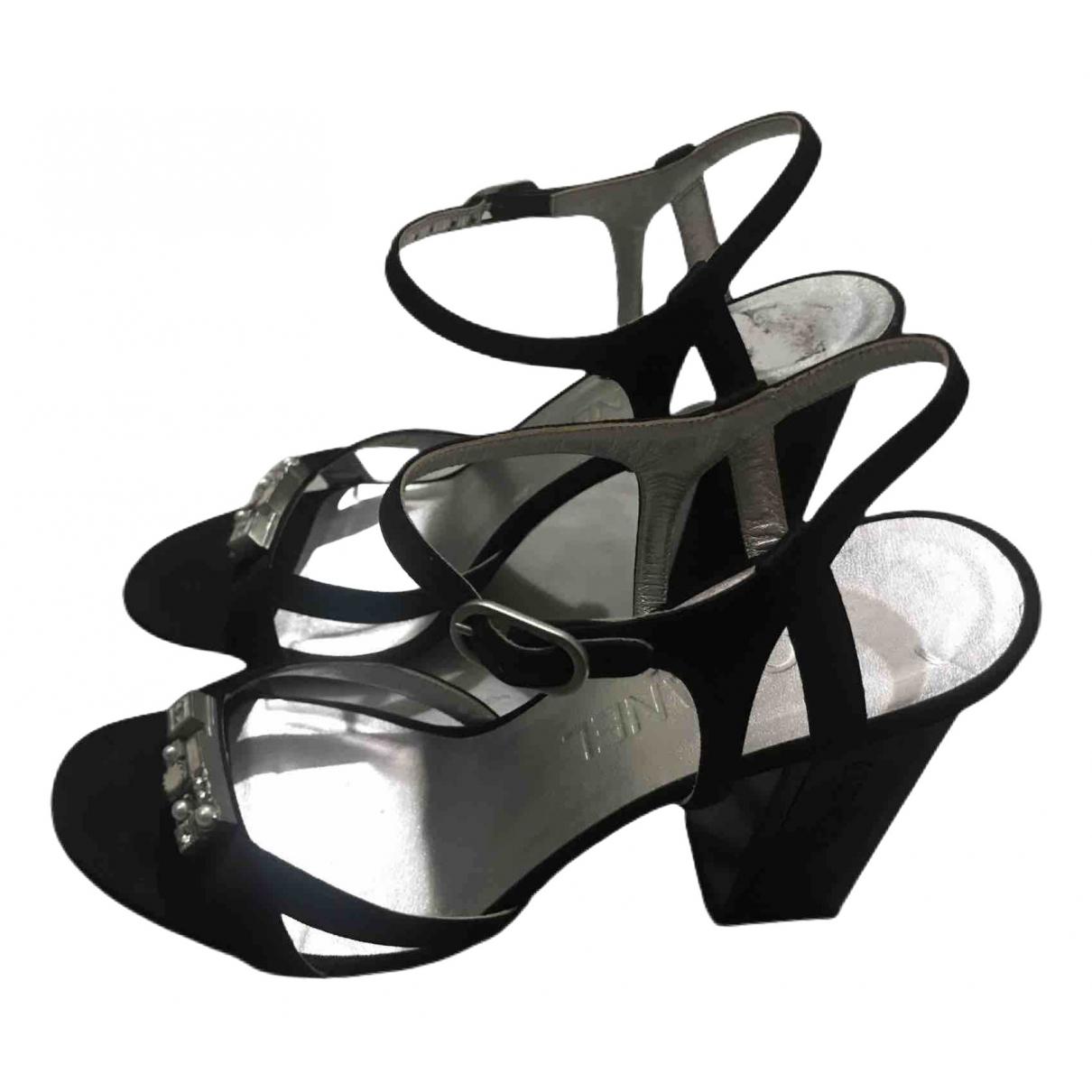 Chanel \N Black Cloth Sandals for Women 37.5 EU