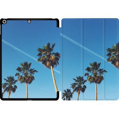 Apple iPad 9.7 (2018) Tablet Smart Case - Palm Tree Paradise von Omid Scheybani