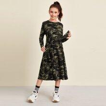Kleid mit Band vorn und Camo Muster