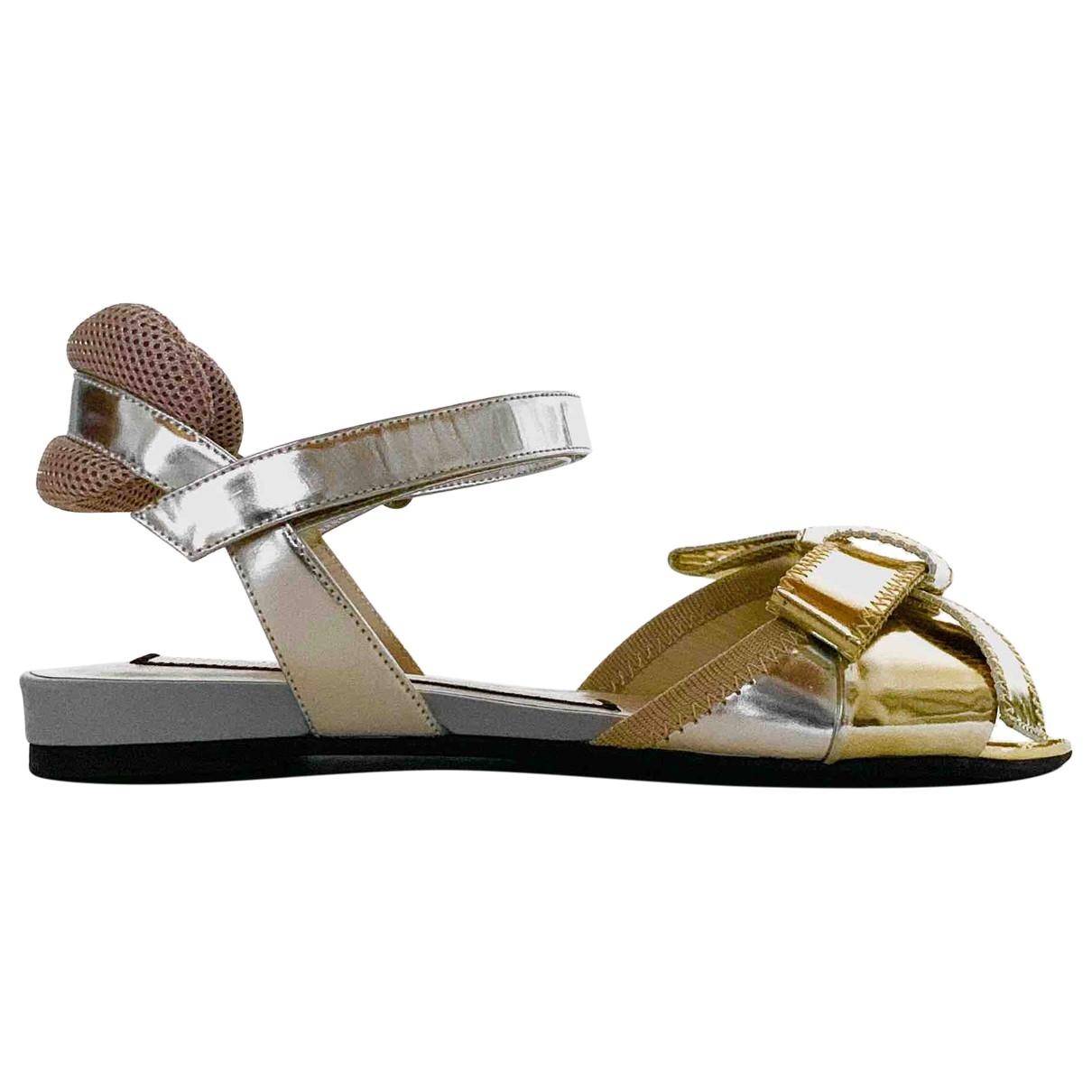 N°21 \N Sandalen in  Metallic Lackleder