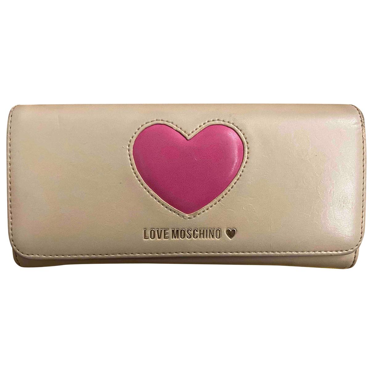 Moschino Love \N Portemonnaie in  Beige Leder