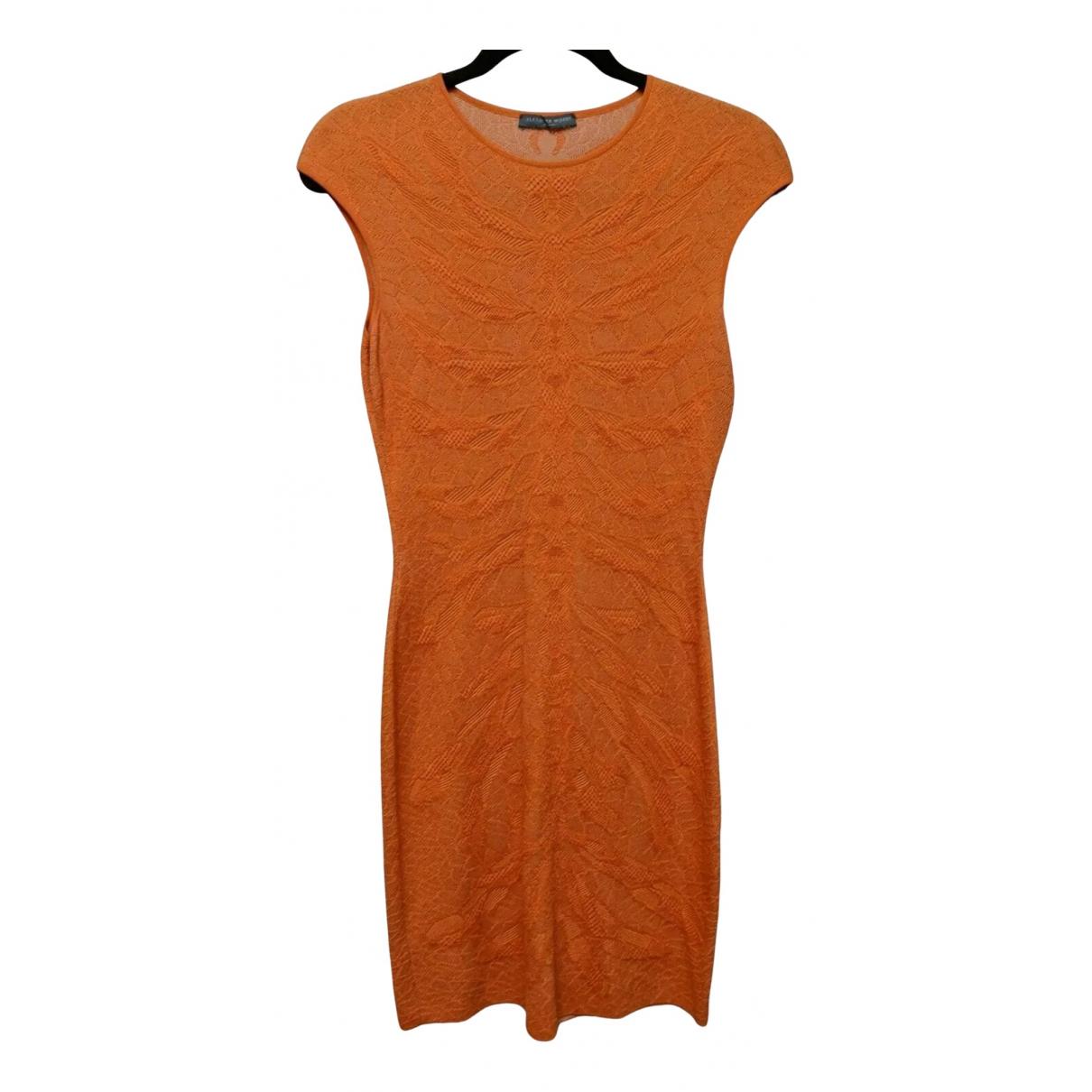 Alexander Mcqueen \N Kleid in  Orange Seide