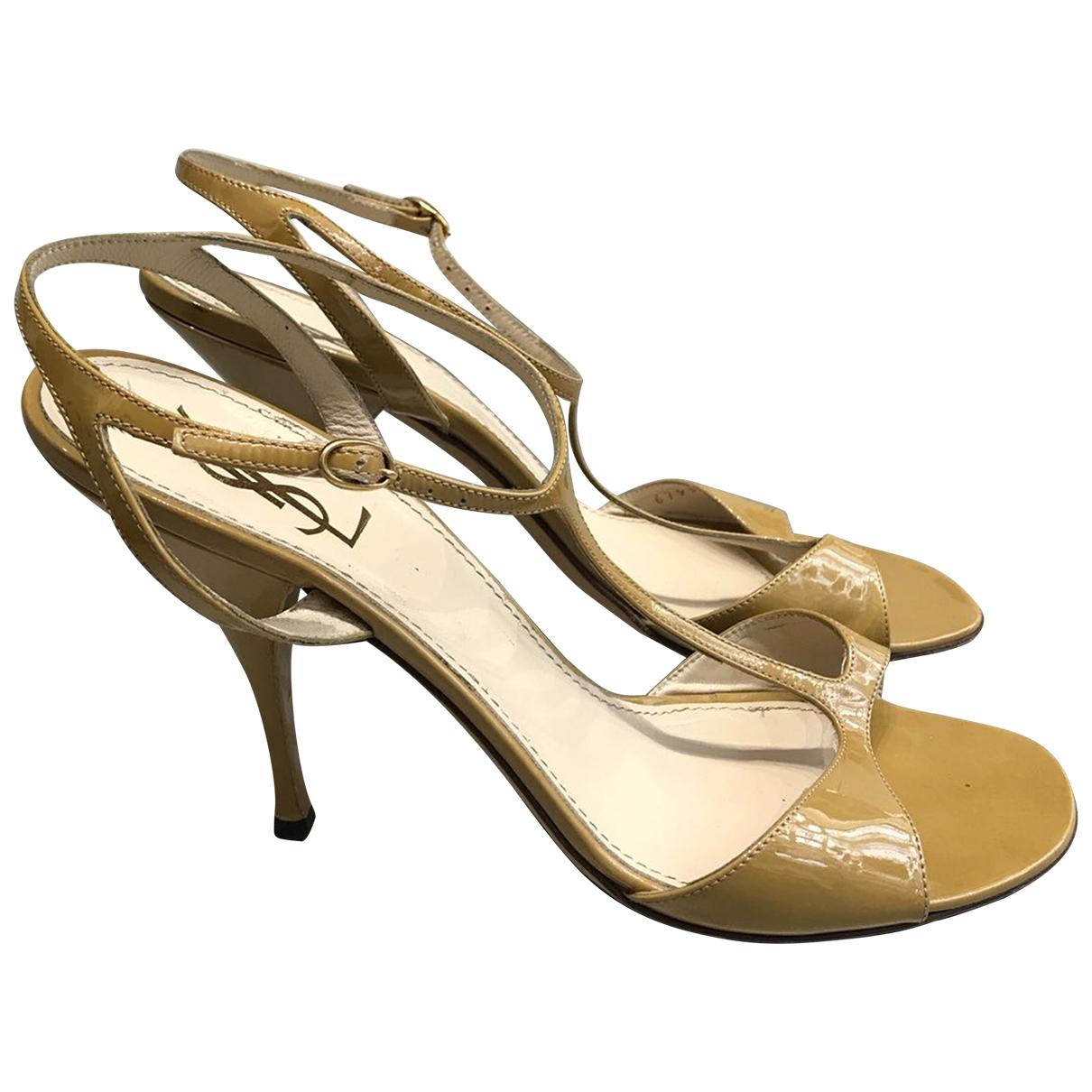 Sandalias de Charol Yves Saint Laurent