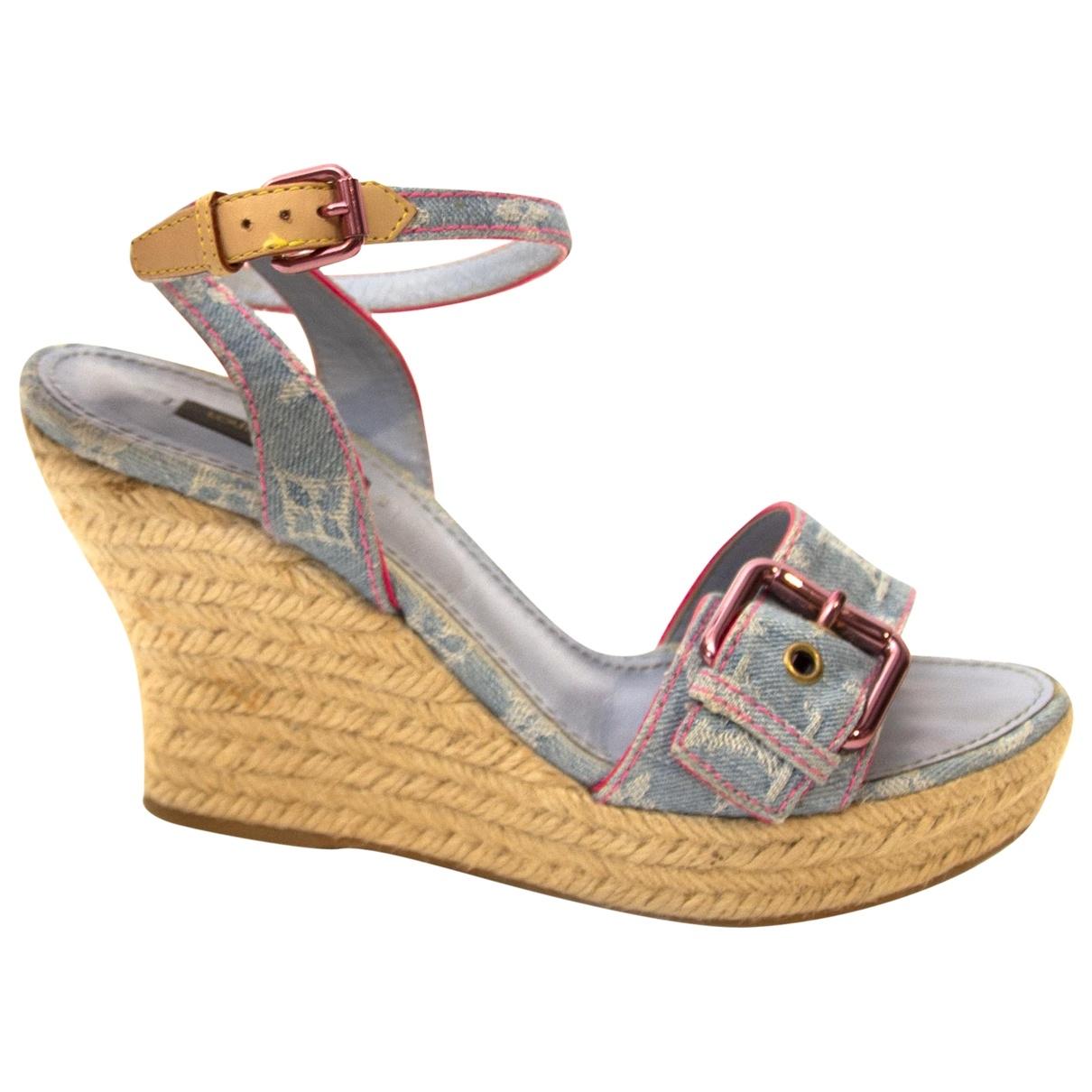 Louis Vuitton \N Beige Cloth Espadrilles for Women 38.5 EU