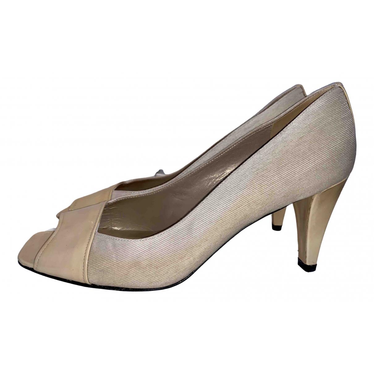Stuart Weitzman \N Beige Leather Heels for Women 39.5 EU