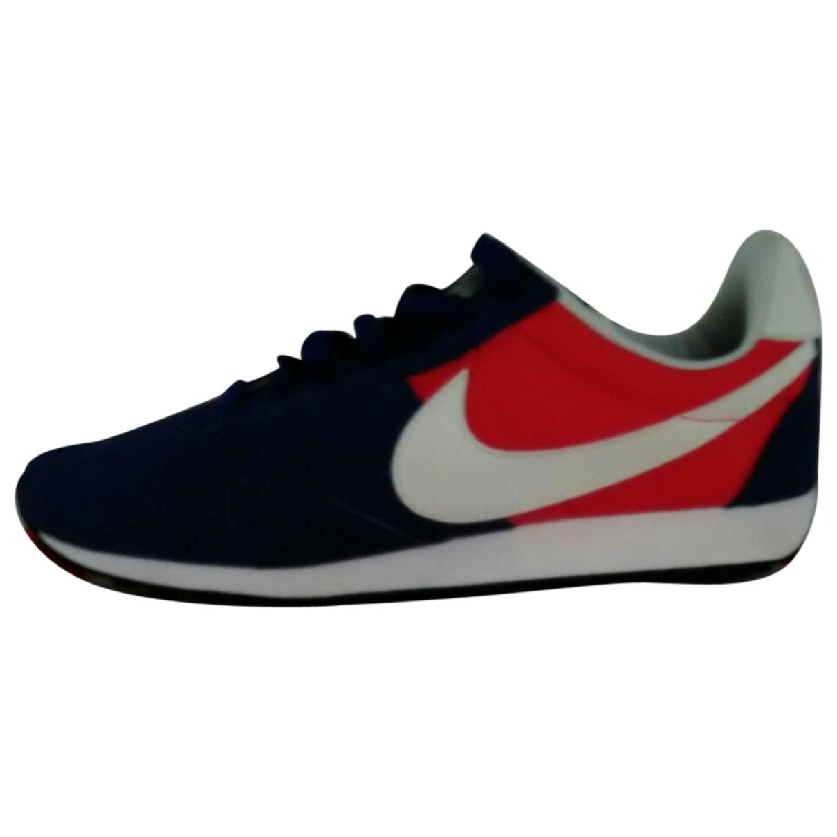 Nike \N Sneakers in  Blau Leder