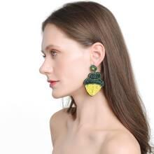 Ohrringe mit Perlen und Ananas Dekor
