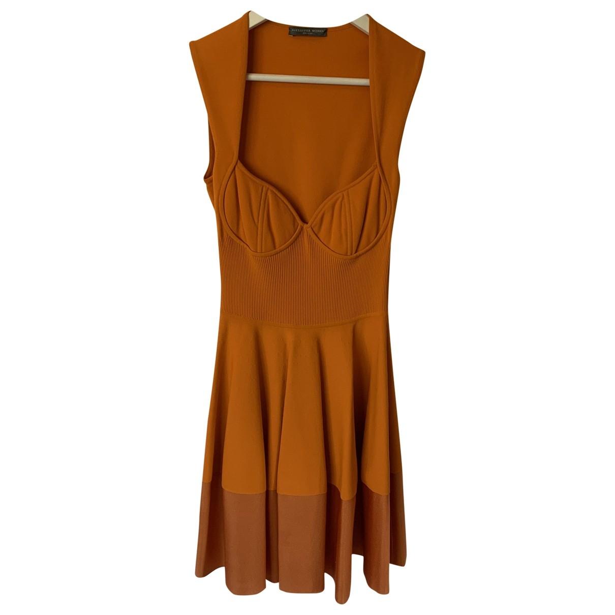Alexander Mcqueen \N Kleid in  Orange Viskose