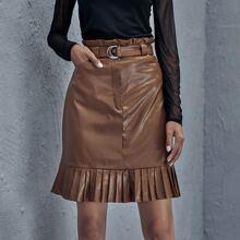 Falda de mirada cuero bajo fruncido de cintura con volante