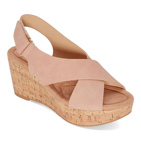 CL by Laundry Womens Darlin Wedge Sandals, 6 1/2 Medium, Pink