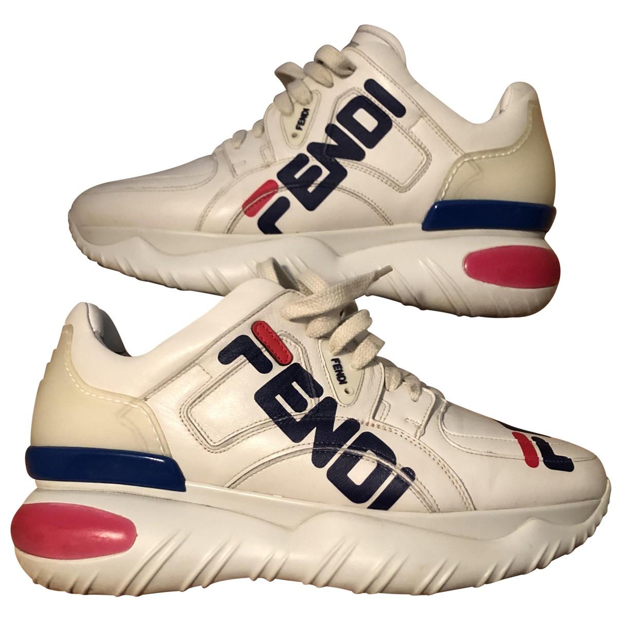 Fendi \N Sneakers in  Beige Leder