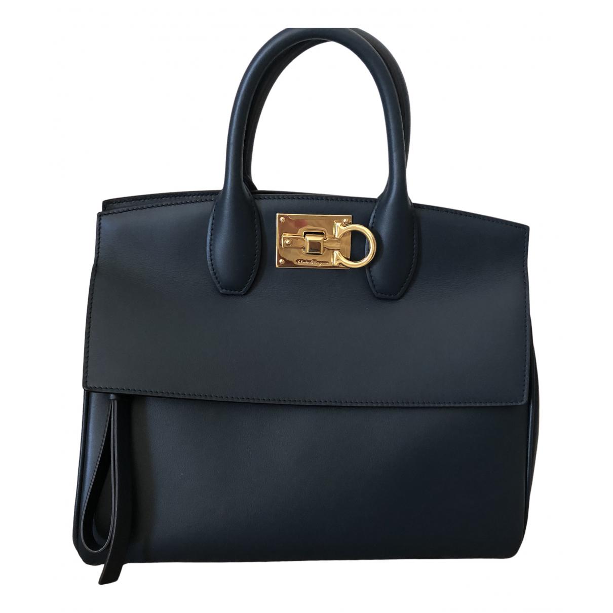 Salvatore Ferragamo \N Blue Leather handbag for Women \N