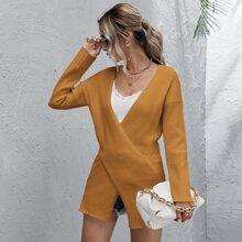 Pullover mit Kreuzgurt und sehr tief angesetzter Schulterpartie