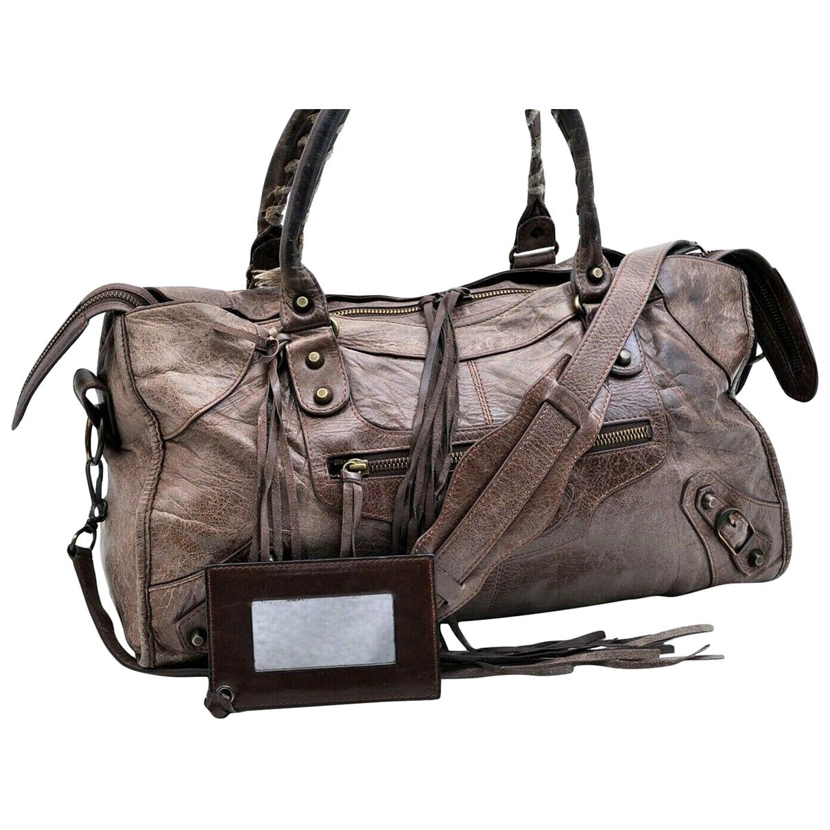 Balenciaga \N Handtasche in  Braun Leder