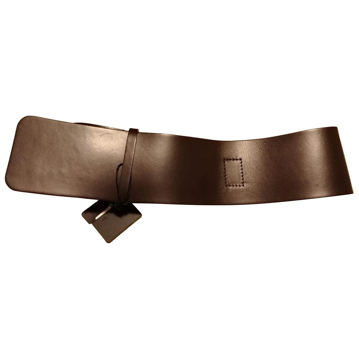 Cinturon de Cuero Hotel Particulier