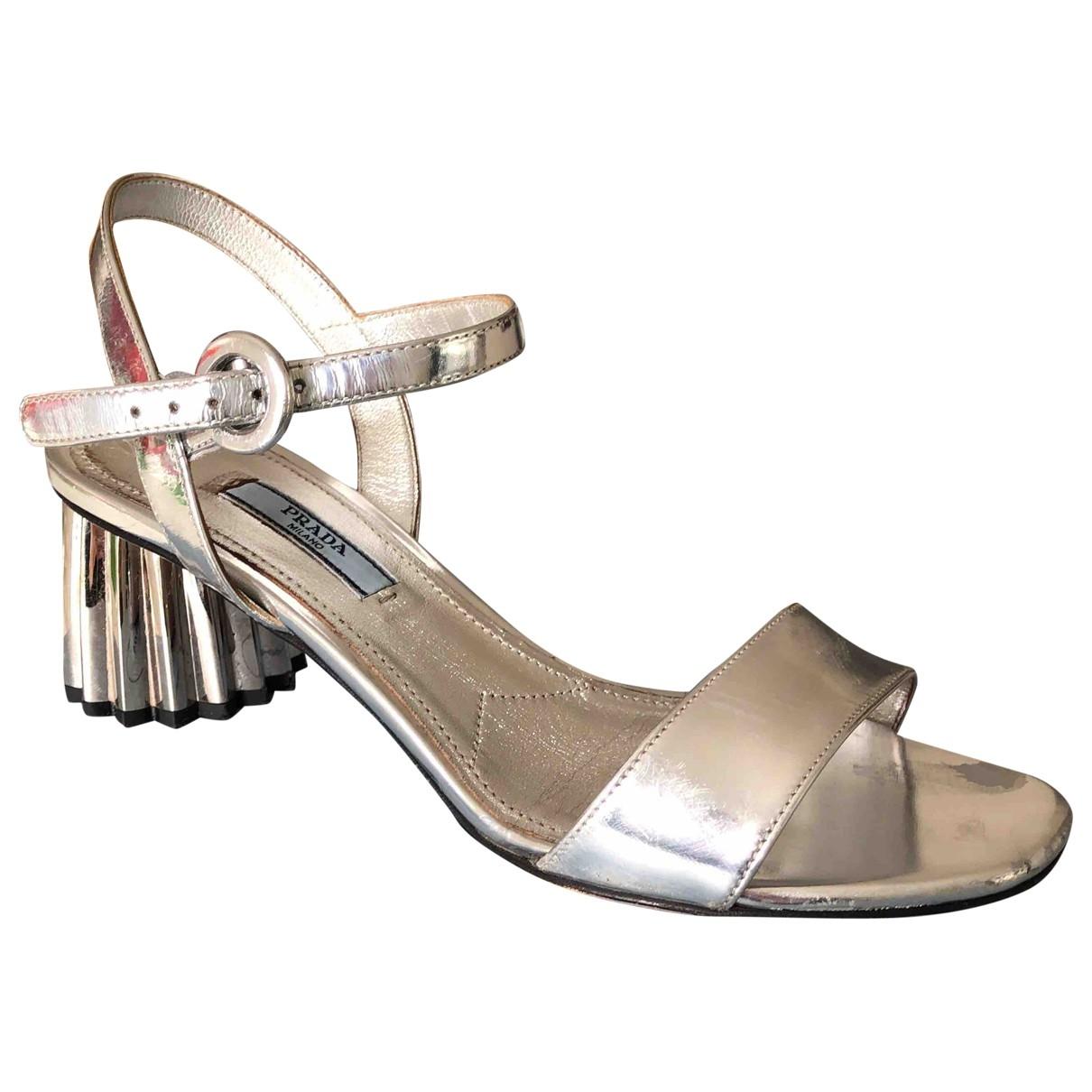 Prada - Sandales   pour femme en cuir - argente