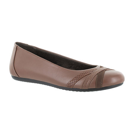 Easy Street Womens Derry Ballet Flats, 8 1/2 Medium, Brown