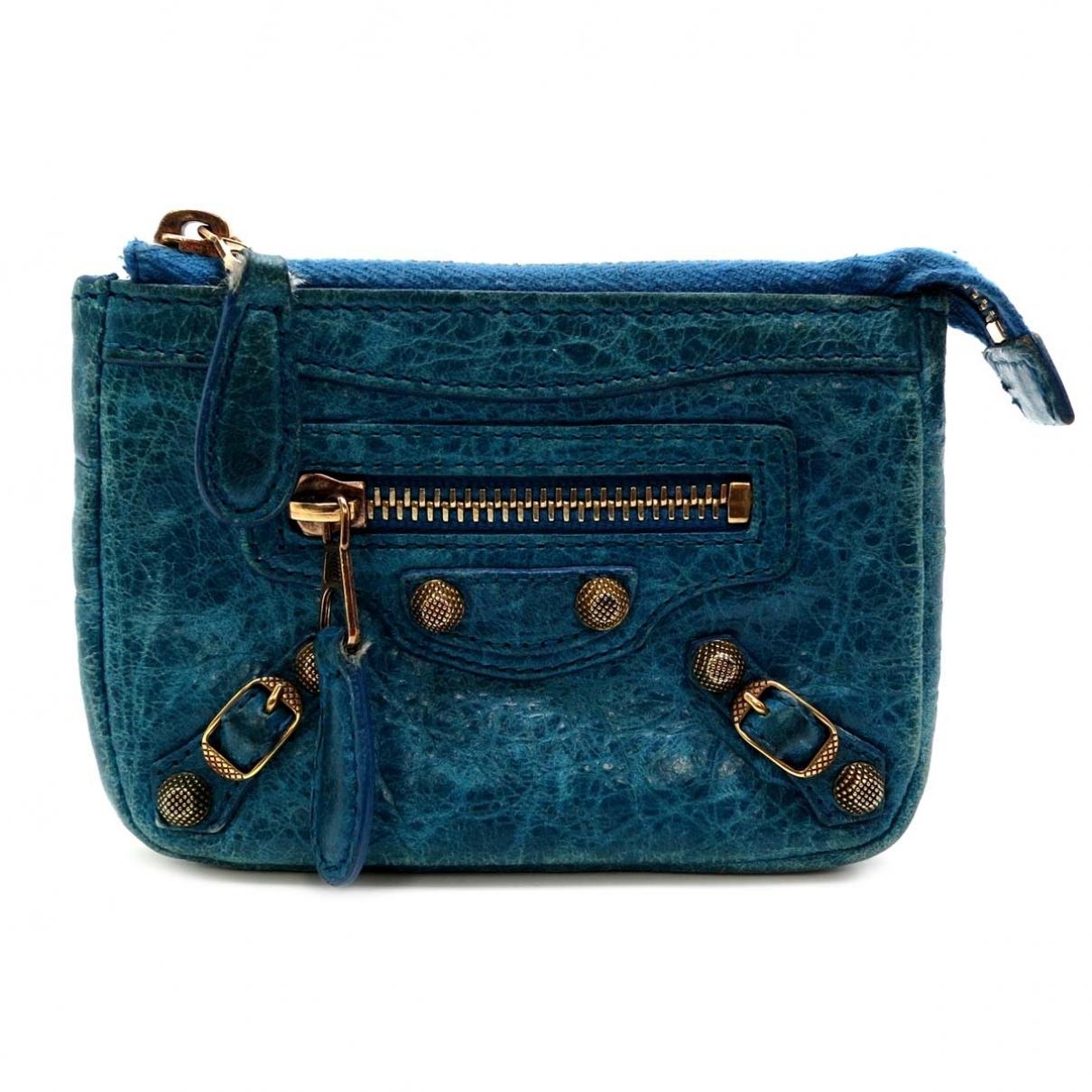 Balenciaga \N Kleinlederwaren in  Blau Leder