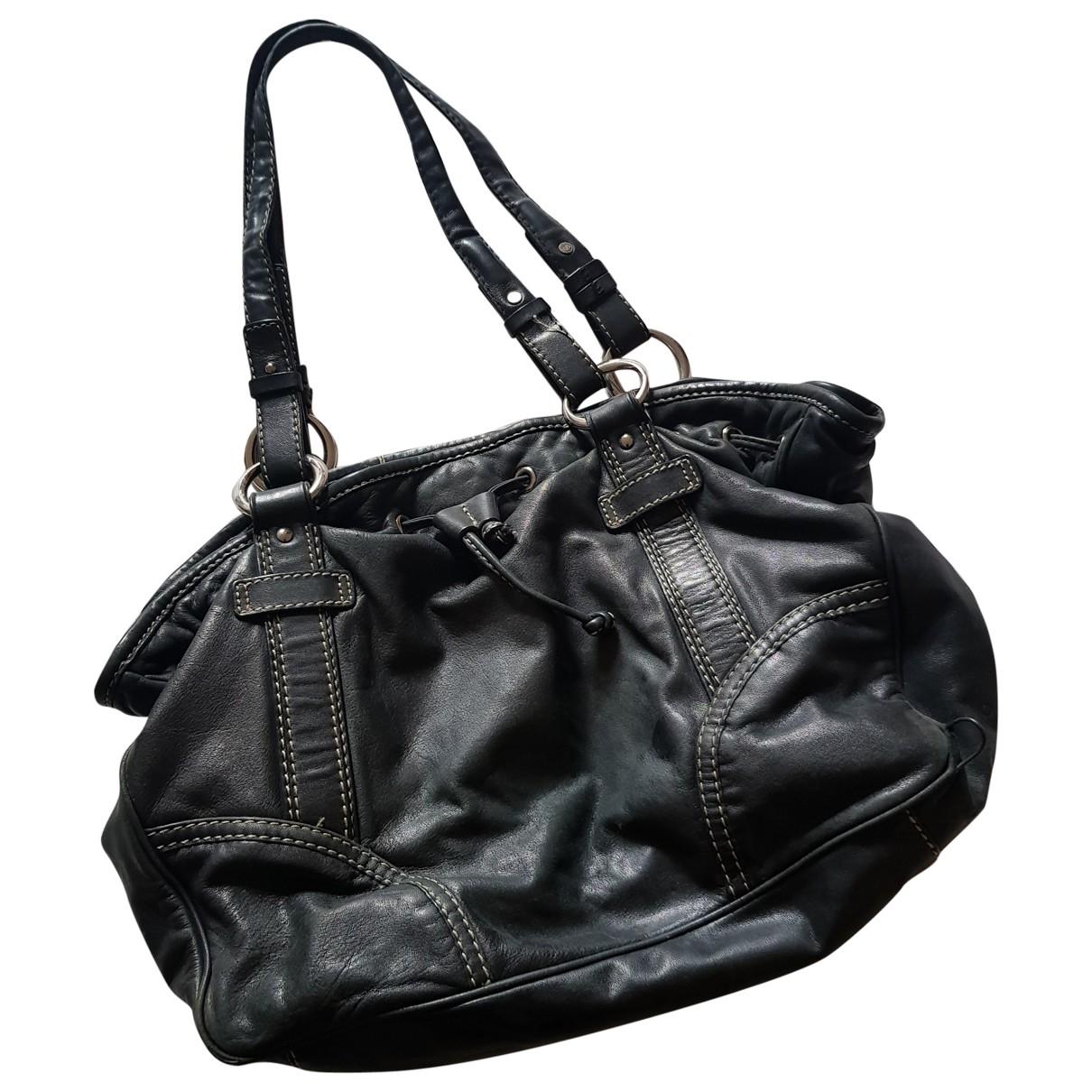 Oroton \N Black Leather handbag for Women \N
