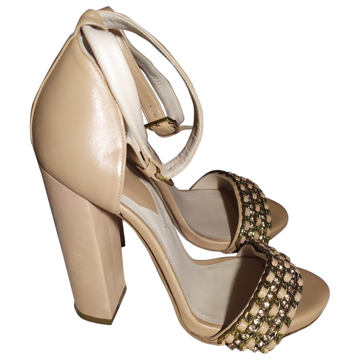 Sandalias de Cuero Elie Saab