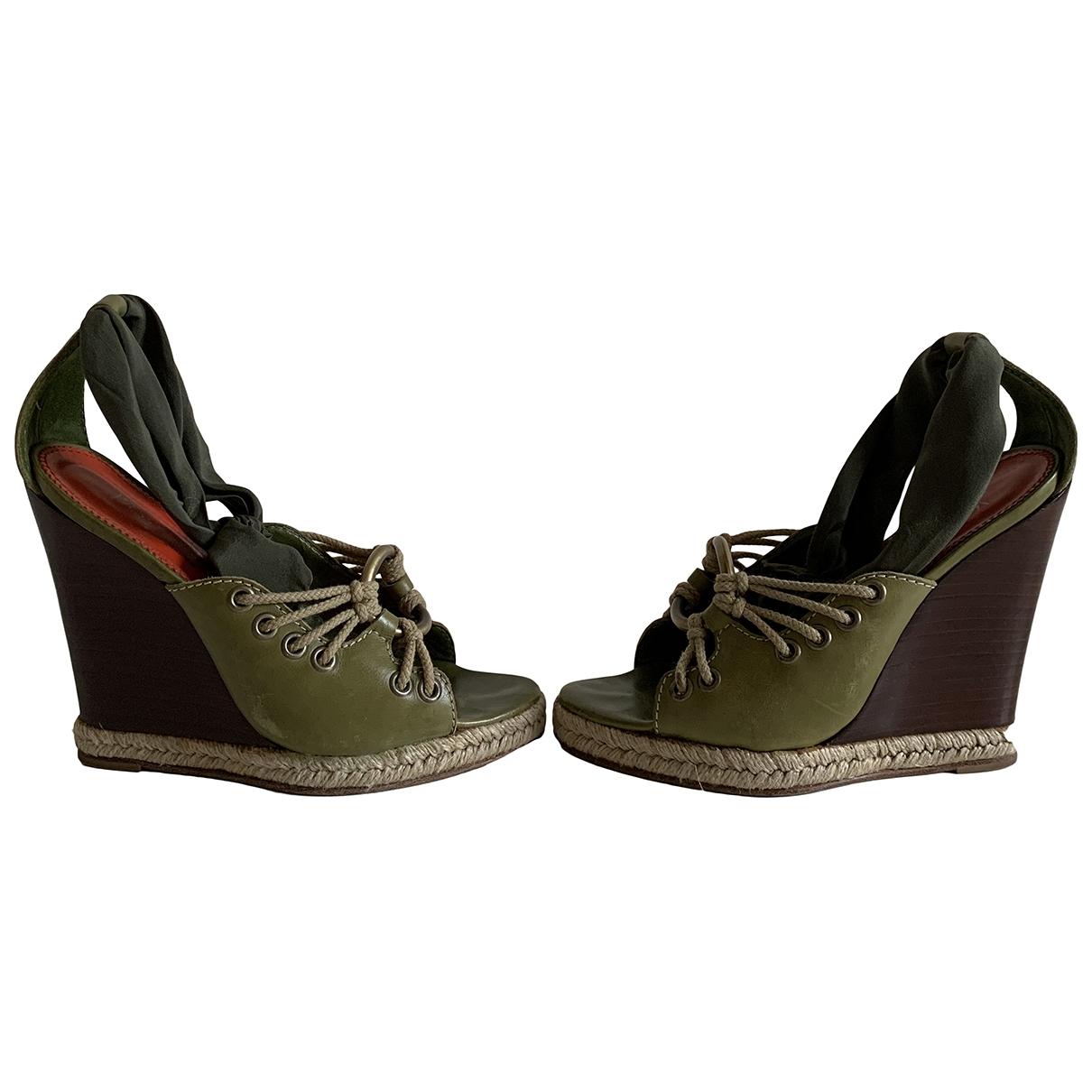 Yves Saint Laurent \N Green Leather Sandals for Women 36 EU