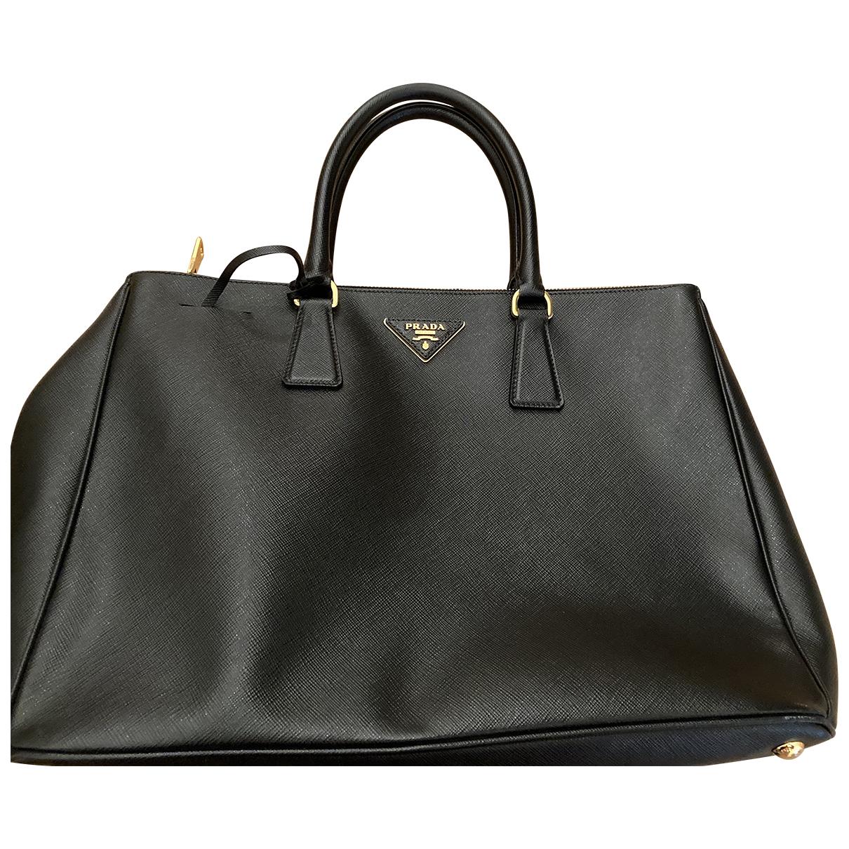 Prada saffiano  Black Leather handbag for Women \N