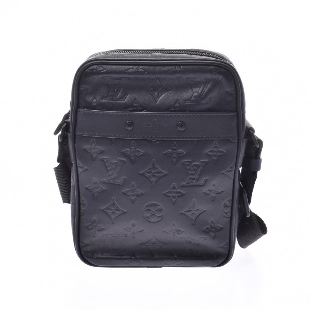 Louis Vuitton Danube Taschen in  Schwarz Leder