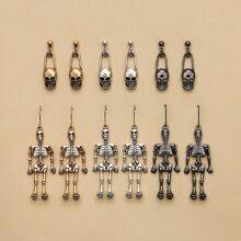 6 Paare Ohrringe mit Schaedel Dekor
