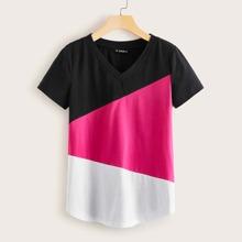 T-Shirt mit V Kragen und Farbblock