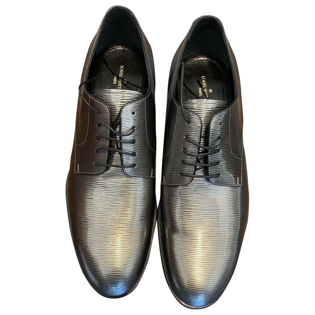 Louis Vuitton \N Schnuerschuhe in  Grau Leder