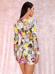 vestido con malla con letra con lentejuelas