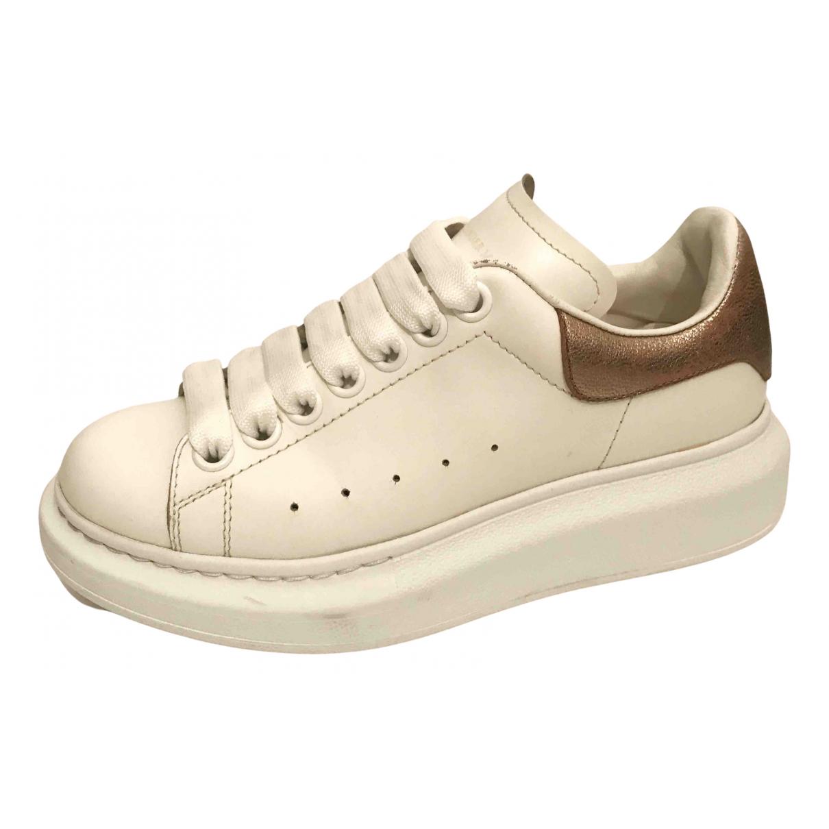 Alexander Mcqueen - Baskets Oversize pour femme en cuir - blanc