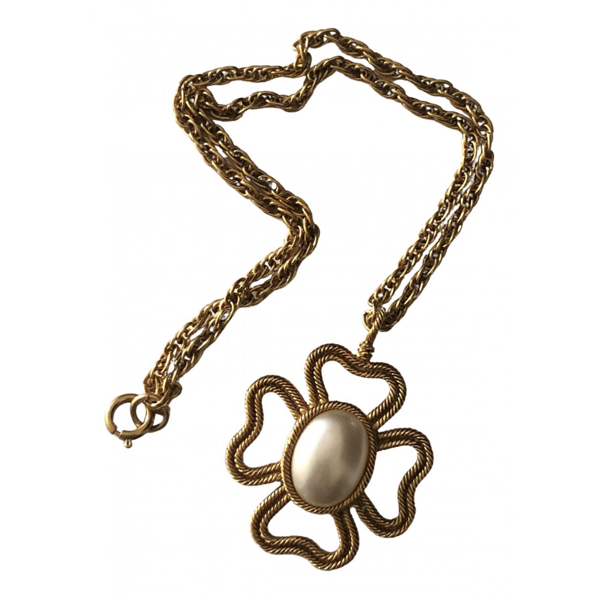 Collar Baroque Chanel