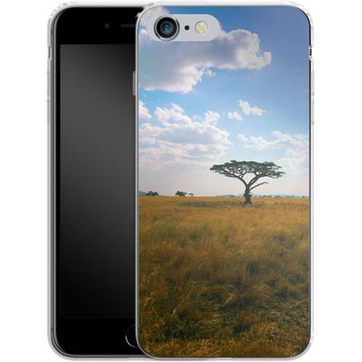 Apple iPhone 6s Plus Silikon Handyhuelle - Tanzanian Savanna von Omid Scheybani