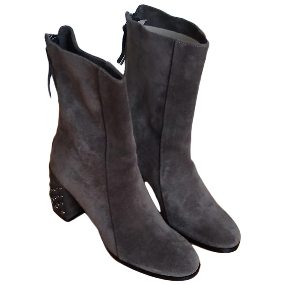 Dorothee Schumacher - Boots   pour femme en cuir - gris